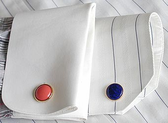 two cuff styles for cuff links